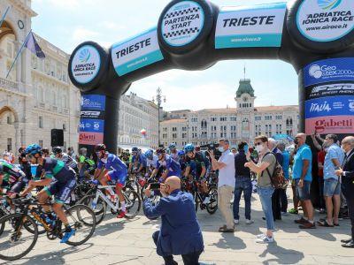 Adriatica Ionica Race al via da Trieste con Cassani e Argentin