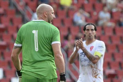 Derby a distanza, meglio la Lazio. Di Massimo addolcisce il 5-2